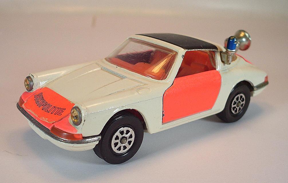 Corgi Toys Whizzwheels Porsche Targa 911s Rijkspolitie