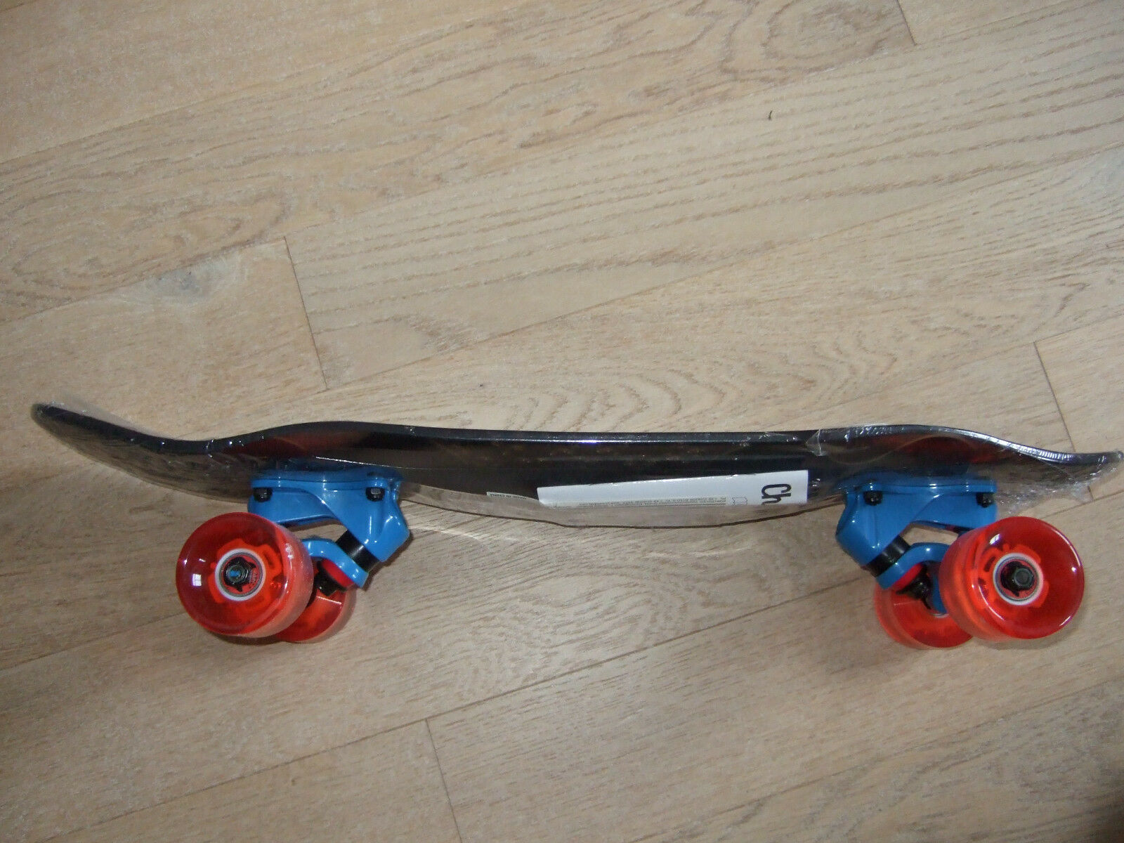 Choke Supercruiser Schwarz/Rot/Blau Plus Spicy Sabrina Elite Skateboard LED Schwarz/Rot/Blau Supercruiser Neu 35ab05