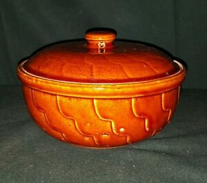 Vintage-Robinson-Ransbottom-Pottery-Casserole-Bowl-Dish-w-Lid-RRP-Roseville-OH