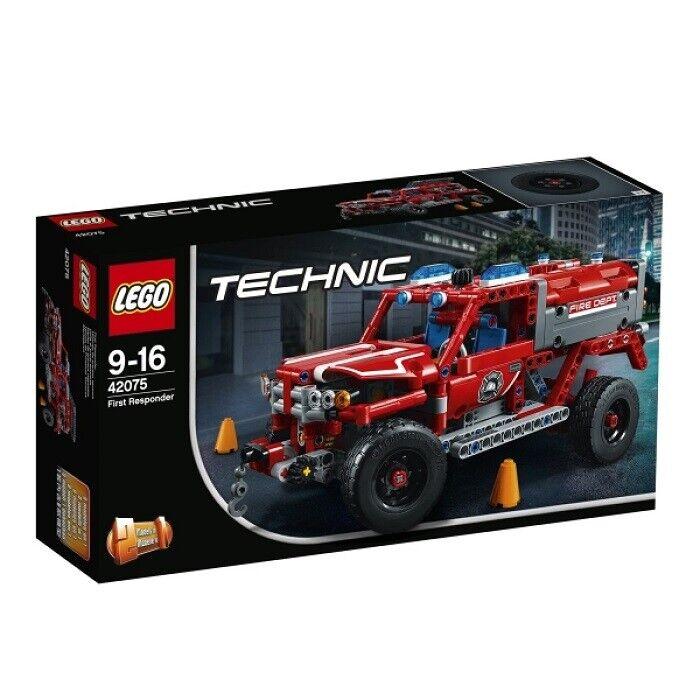 LEGO Technic First Responder  Feuerwehr Geländewagen Truck 42075 NEU