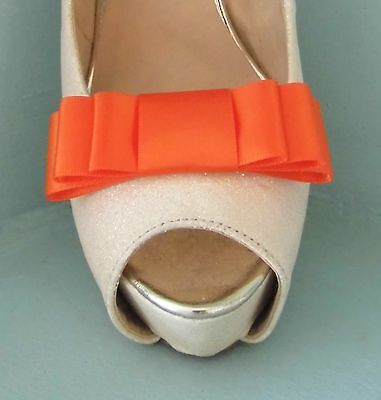 2 Naranja Quemado Clips Para Zapatos Arco Triple-otros colores a petición