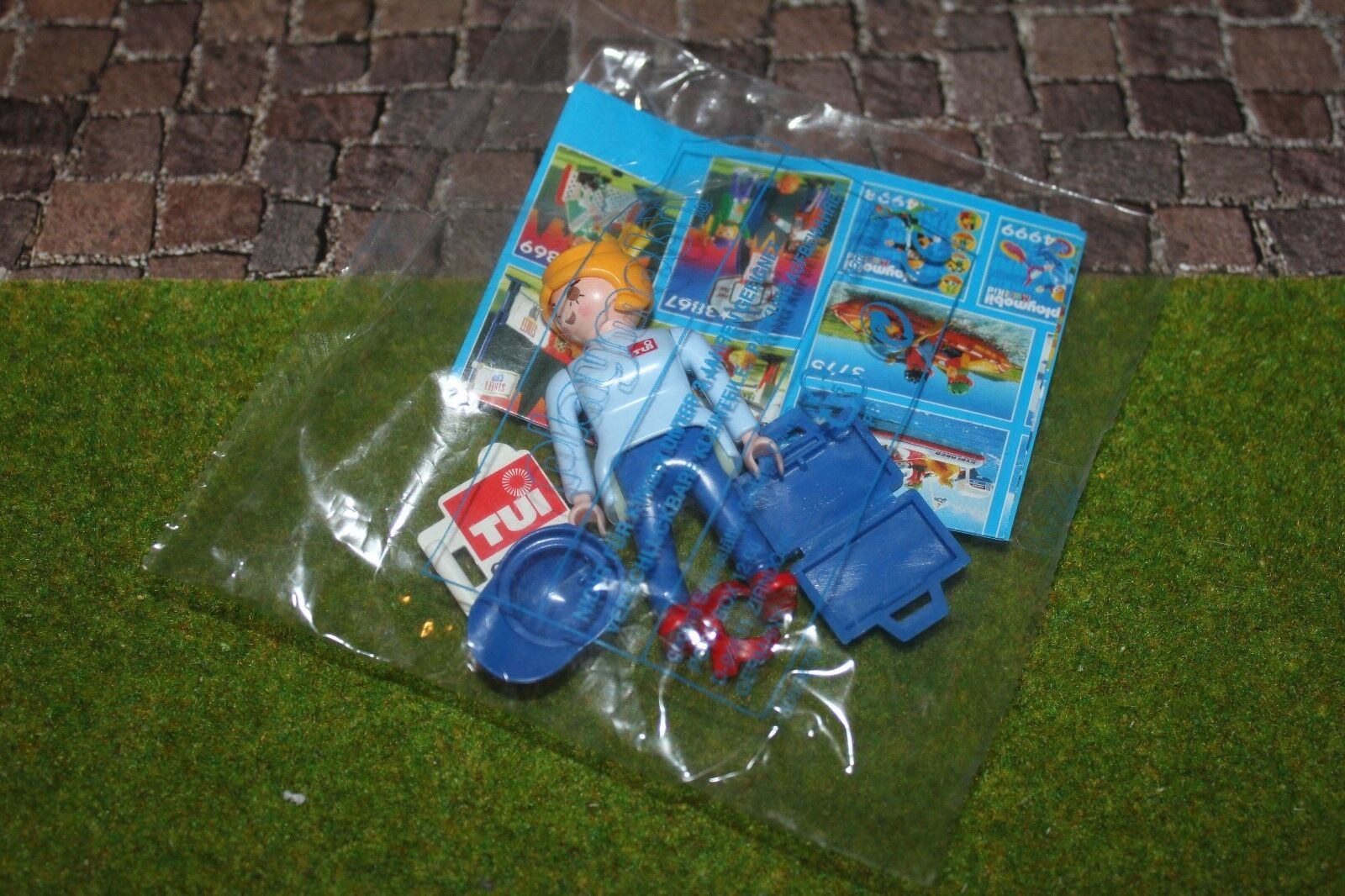 Playmobil Tui Checkers New Promotional Figure