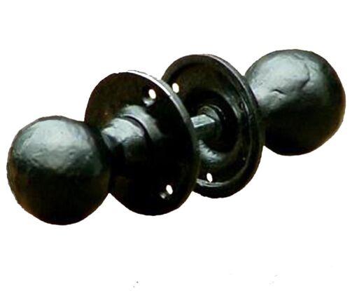 Rustic Round Door Knobs / Handles Black Cast Iron (Hen)