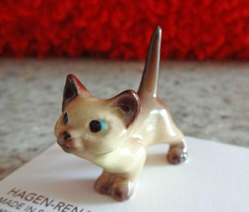➸ HAGEN RENAKER Cat Miniature Figurine Siamese Cat Kitten Curious