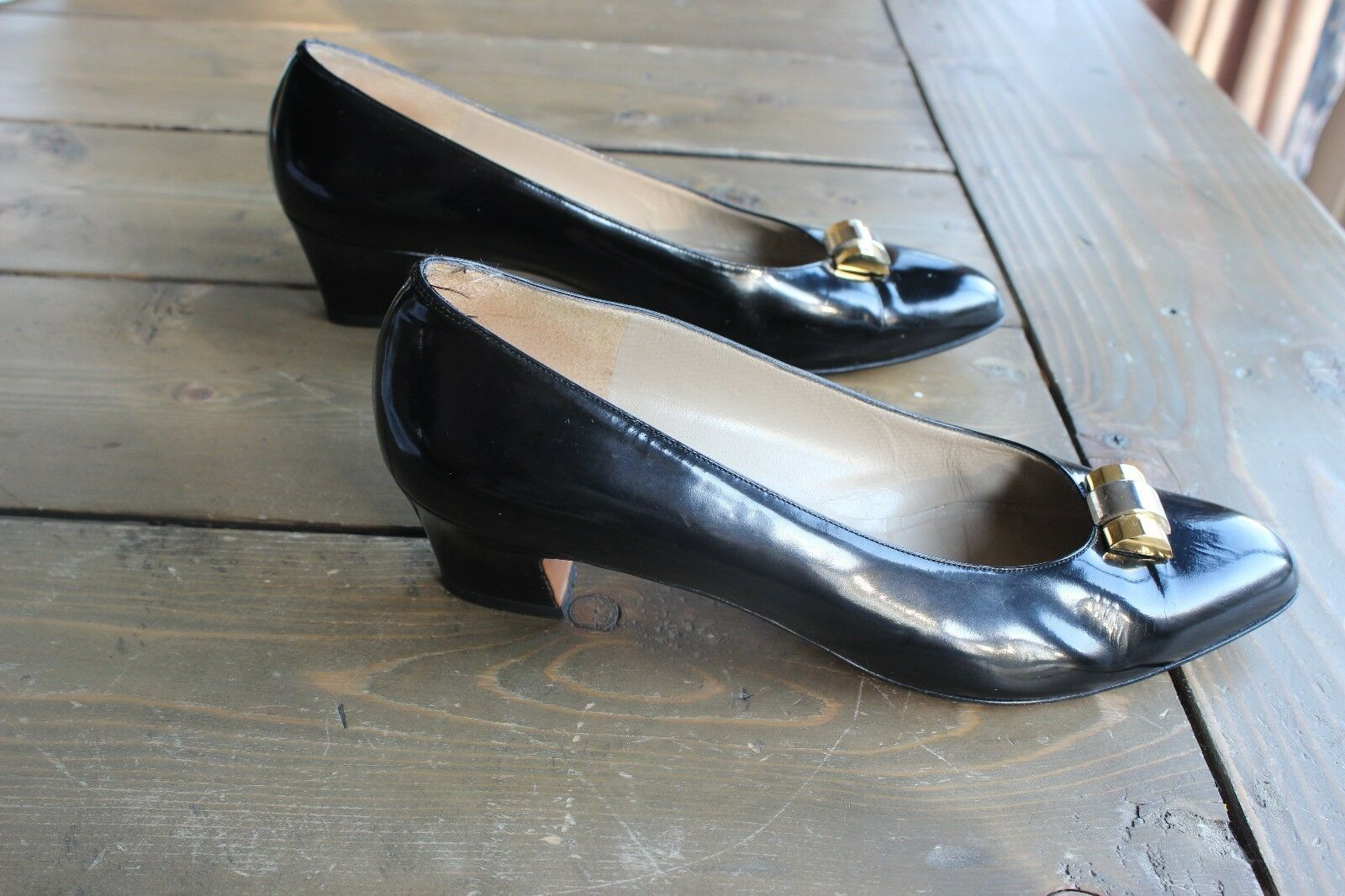Salvatore Ferragamo Womens Shoes Heels Pumps Black 9 AA