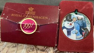 Royal Copenhagen 1991 Christmas In Denmark Ornament ...