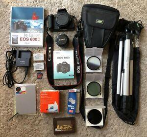 Canon-600D-Objectif-50mm-avec-2-batt-Filtres-Trepied-Livre-Sd-2GO-Digi-grey