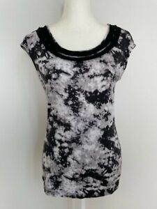 Ann Taylor Womens Shirt Top Size M Black Gray Lace Scoop Neck Short Cap Sleeves