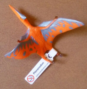 DINOSAUR-PTERANODON-SMALL-REPLICA-75mm-Long