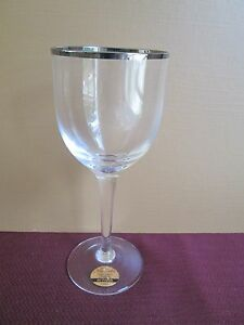 NORITAKE-PARIS-PLATINUM-WINE-GLASS-7-034-0206H