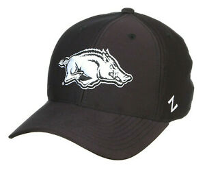 ARKANSAS RAZORBACKS HOGS BLACK NCAA FLEX-FIT CAP HAT ZH Z-FIT SIZE: LARGE NWT!
