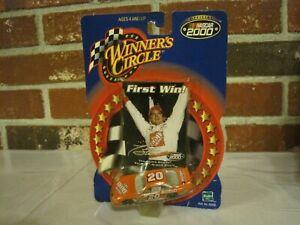 2000-NASCAR-WINNER-039-S-CIRCLE-20-TONY-STEWART-FIRST-WIN-1-64-NEW-SEALED