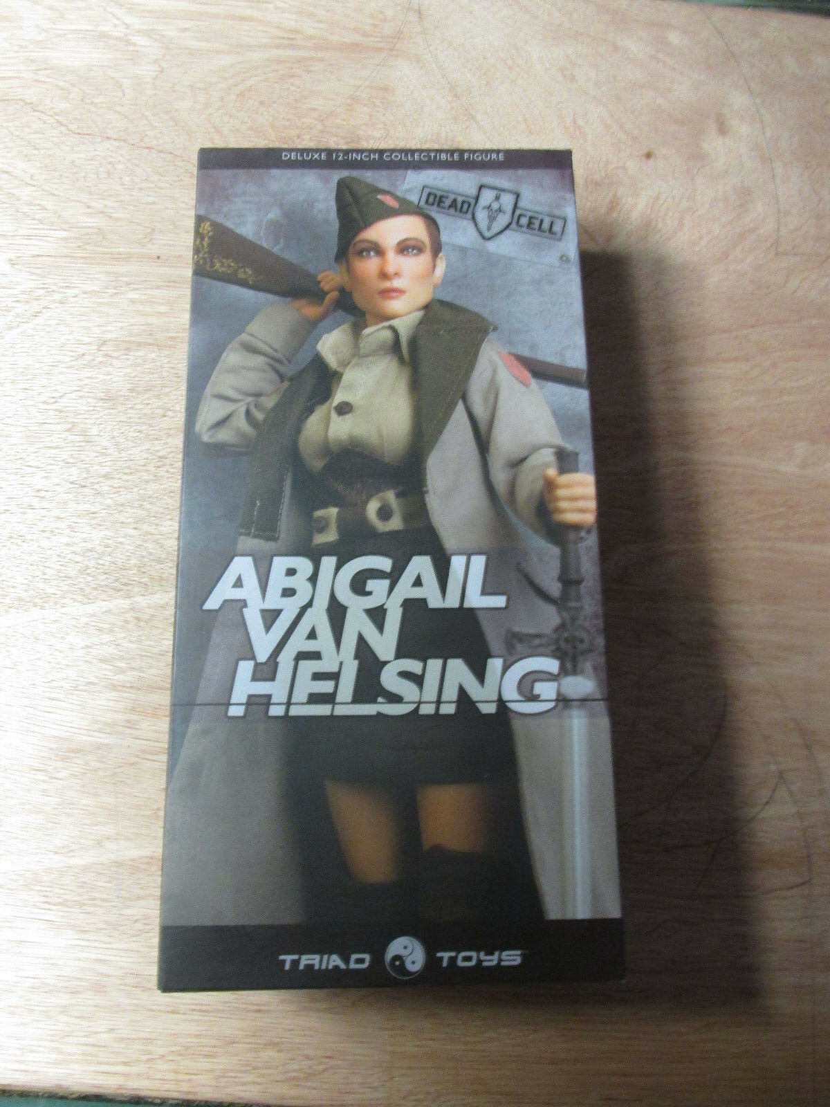Abigail Van Helsing Dead Cell Hot  Figure  1 6 MIB Triad
