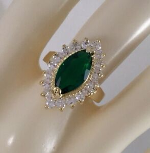 Vintage-Jewellery-Gold-Ring-with-Emerald-White-Sapphires-Antique-Deco-Jewelry-L