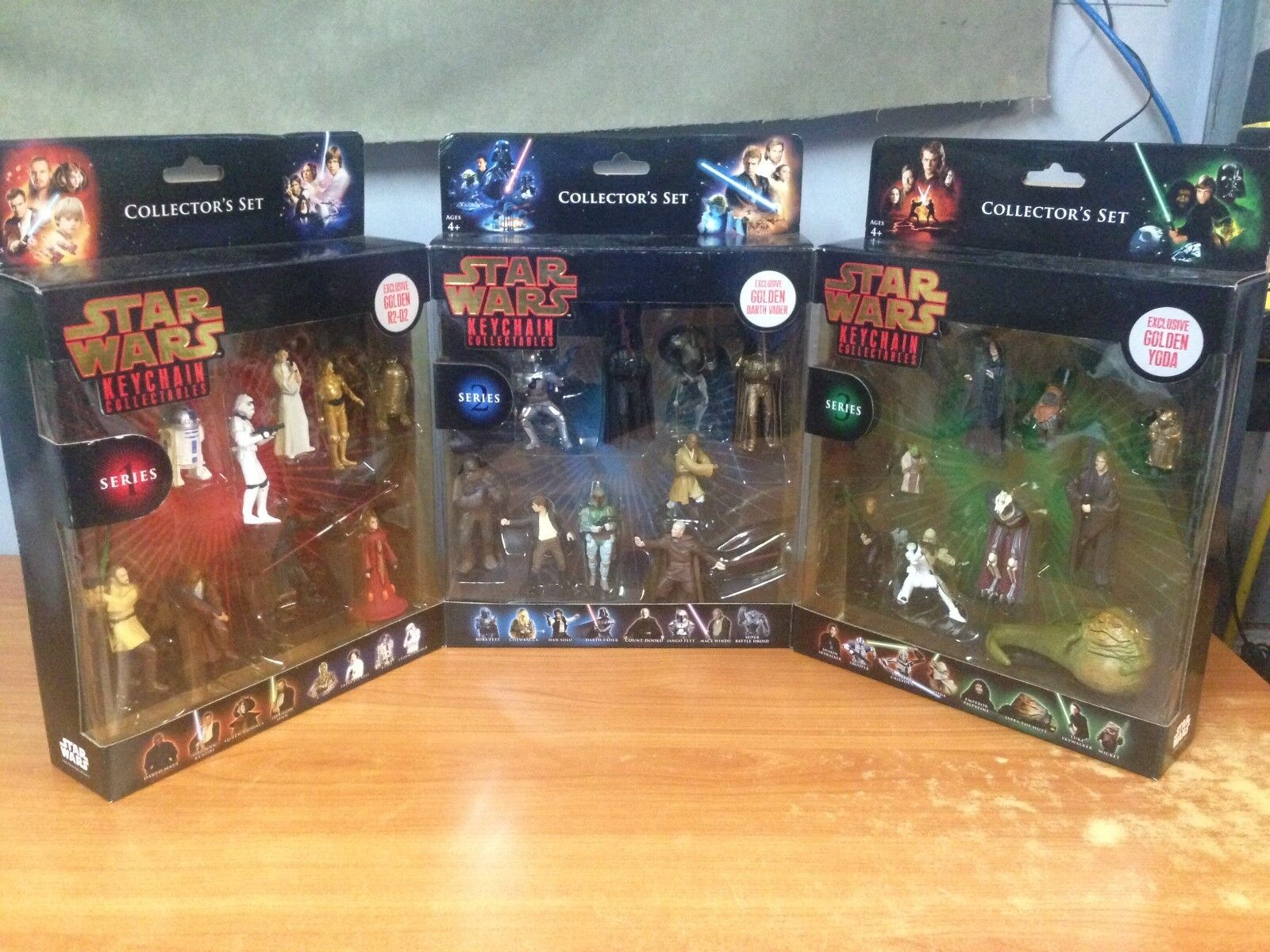 Star Wars Keychain Collection Series 1,2,3 with Exclusive Gold Yoda,Darth,R2-D2