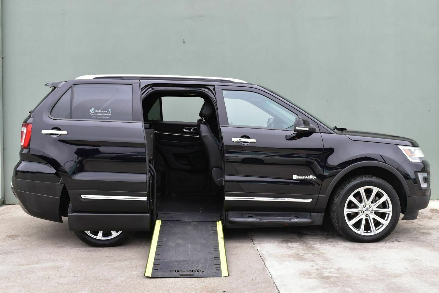 2016 Ford Explorer Limited Wheelchair SUV