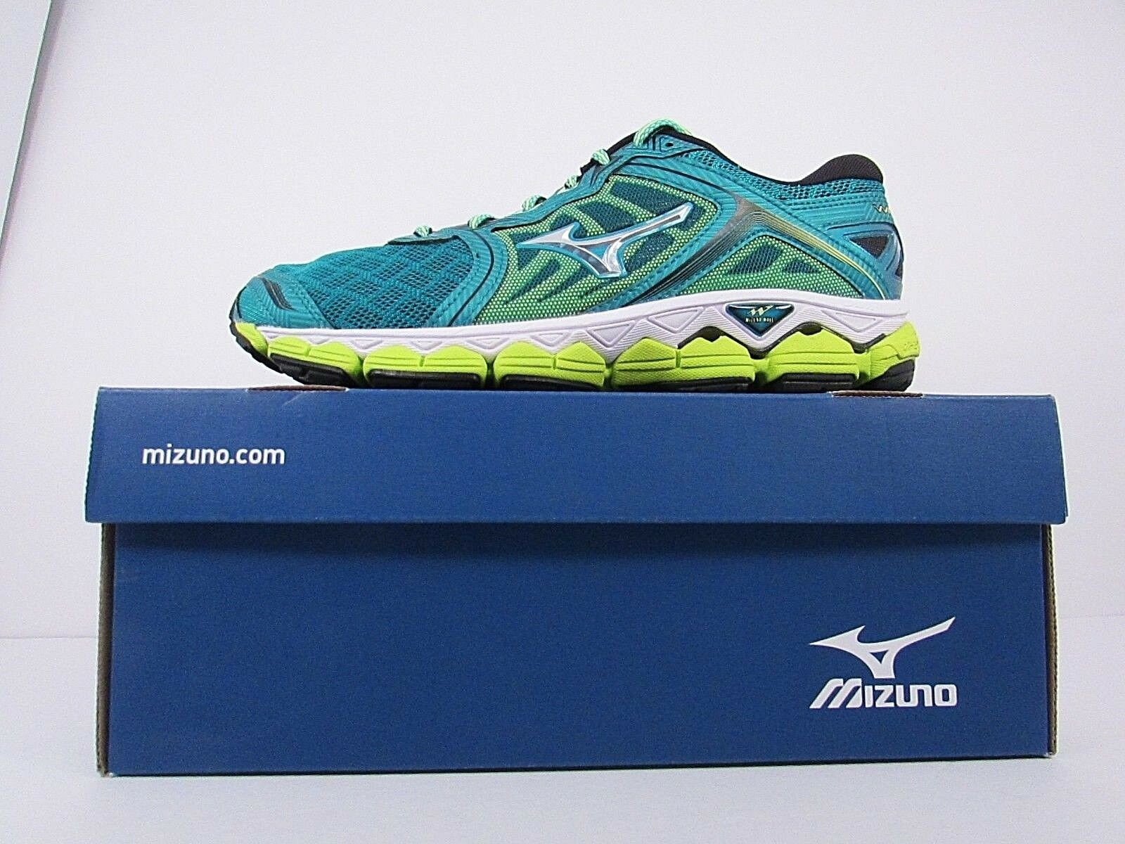 WOMEN'S MIZUNO WAVE SKY     BRAND NEW    WITHOUT BOX  RUNNING SHOES