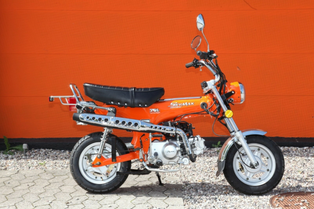 SkyTeam Dax Retro, 2019, km 0, Orange, 30 knallert