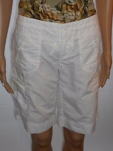Gap-Size-0-Cute-Long-White-Shorts-With-Lots-of-Pockets-Cotton-Blend
