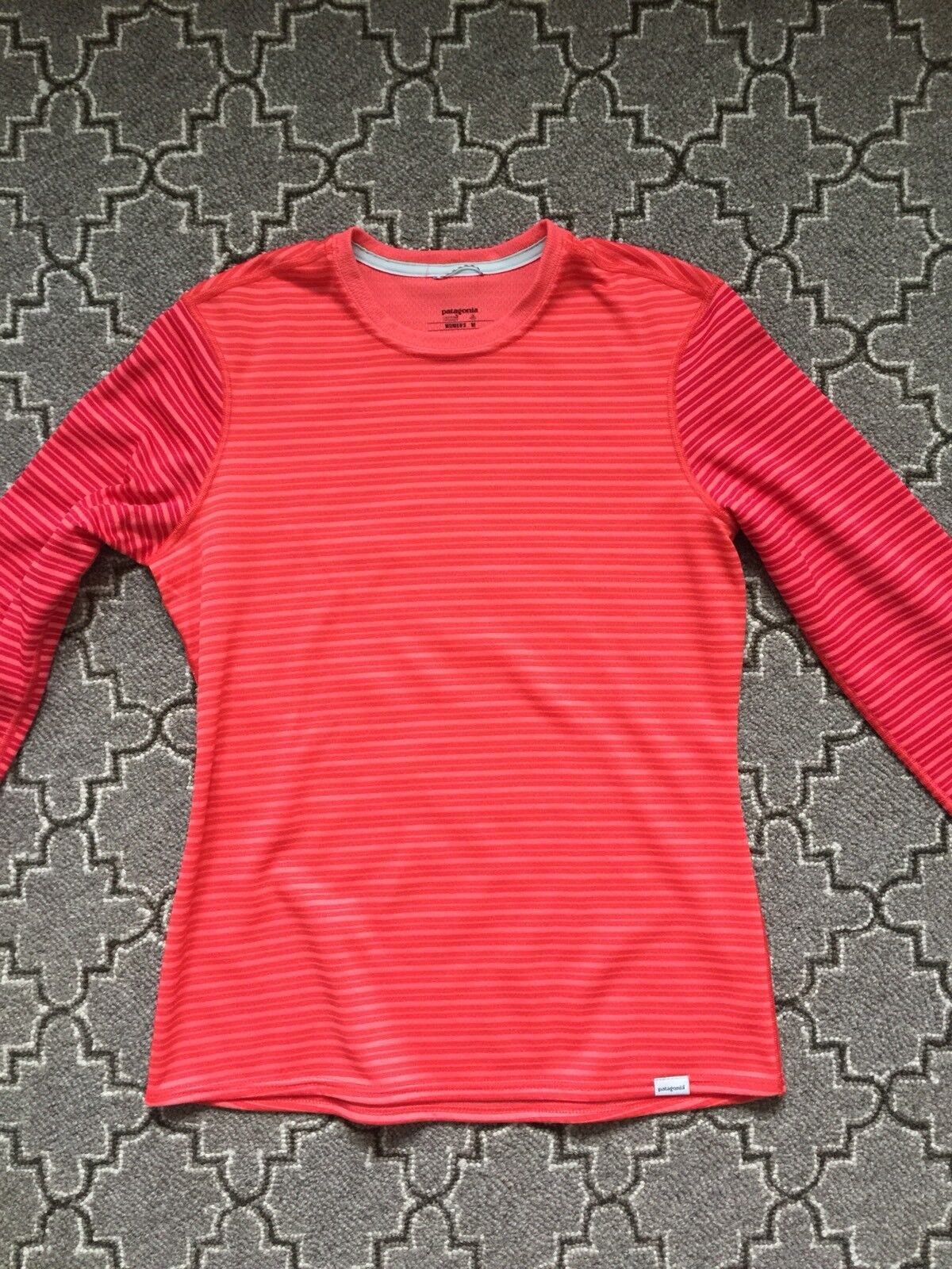 Womens Striped Patagonia Base Layer Size  M  best quality