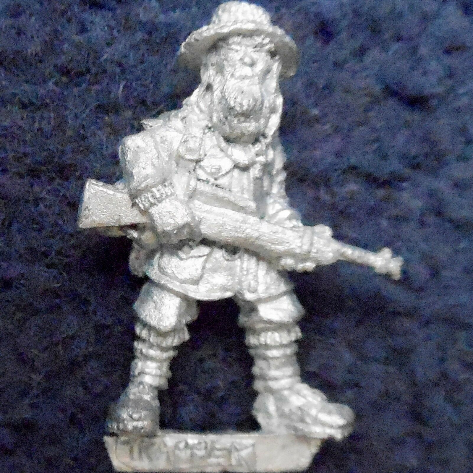 1987 Gothic Horror CC1 Trapper Call of Cthulhu Games Workshop Cthulu Hunter Man