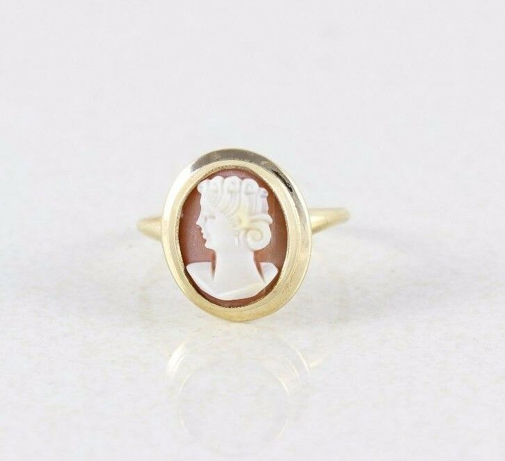 10k Yellow gold Cameo Ring Antique ring Victorian Ring Size 5 1 4