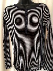 Gap-Women-039-s-Black-and-White-striped-Long-Sleeve-Knit-Top-Size-XS