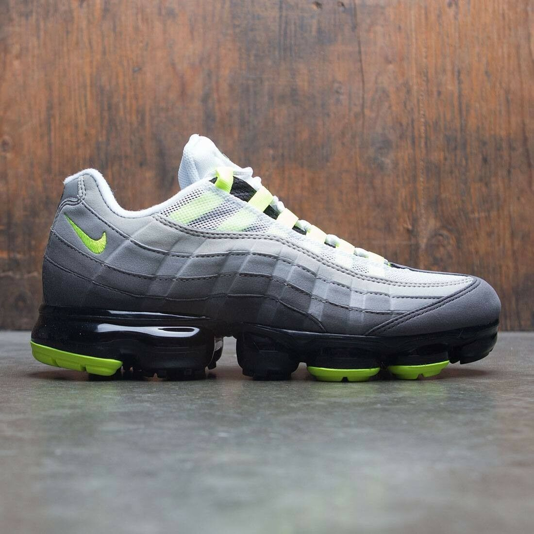 hot sale online f90f4 63b0a Nike air max 95 og neon neon neon vapormax misura 8,5.aj7292-