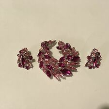 SHERMAN BROOCH & EARRINGS SET LIGHT & DARK PINK