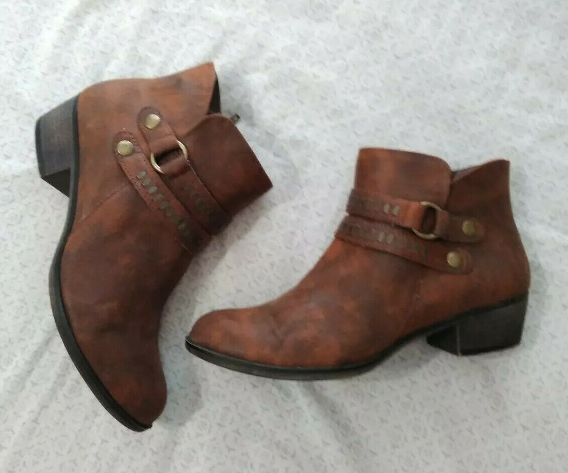 a.n.a Brown Addie Booties Size 8.5 - image 5