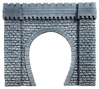Noch 67350 Tunnel-Portal