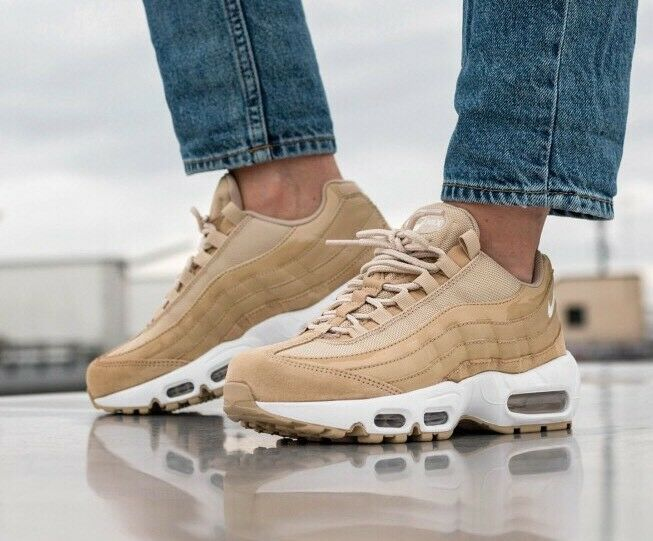 Nike Air Max 95 Og 307960-201 Champignon voile blanc Taille uk 3 eu 36 US 5.5 New-