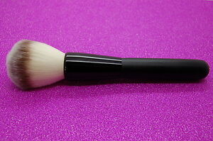 Soft-Single-Charcoal-Fiber-Powder-Blush-Brush-make-up-brush