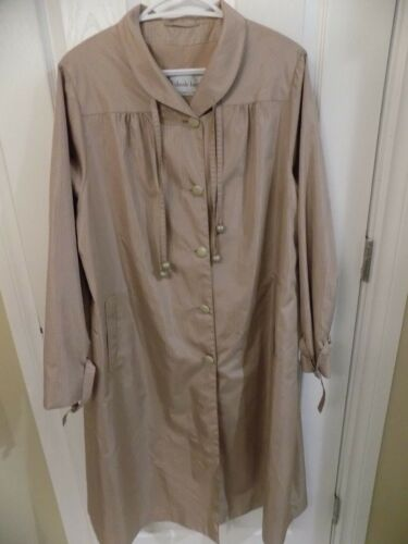 Claude Havrey Paris Ladies Raincoat Tan XL