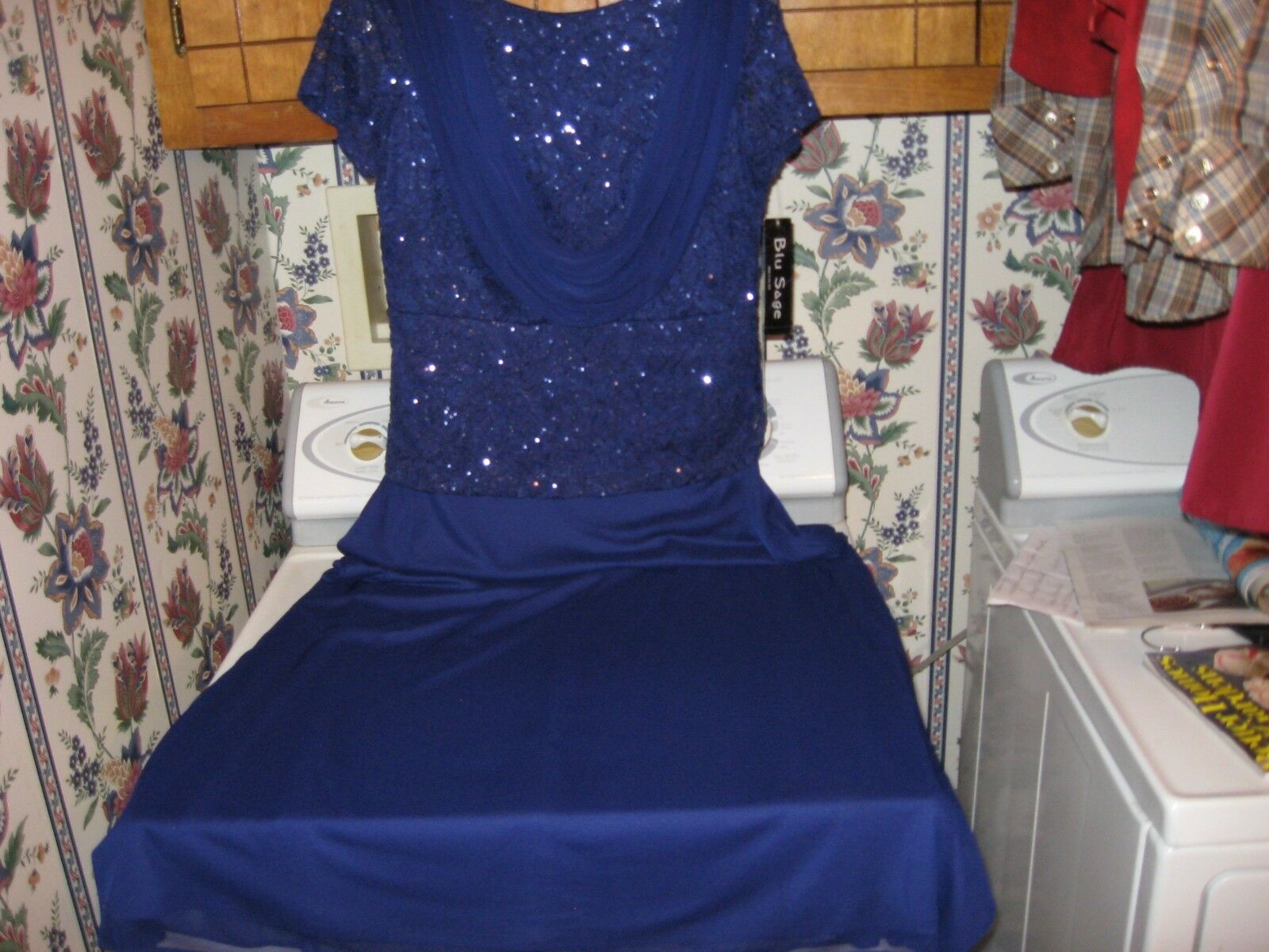 WOMENS FORMAL EVENING GOWN DRESS SIZE 12 PROM WEDDING BRIDESMAID NEW RET.