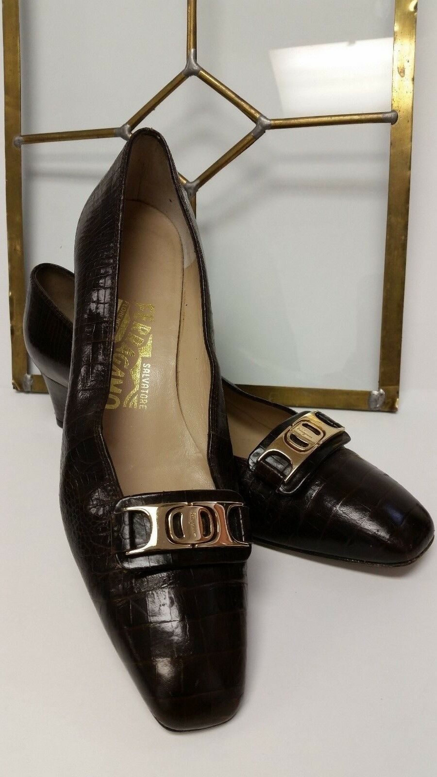 SALVATORE FERRAGAMO Boutique Gancini gold Buckle Brown Croc Leather shoes 7.5 AA