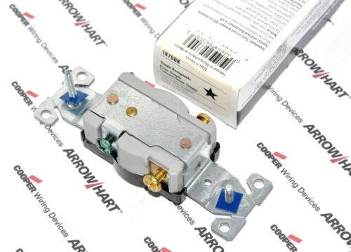 1pcs-COOPER 1876BK 20A 250V Commercial Grade Single Receptacle NEMA 6-20R
