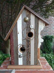 Rustic-Handmade-Barn-Wood-034-DOG-PATCH-034-Birdhouse-w-Antique-Bedspring-Perch