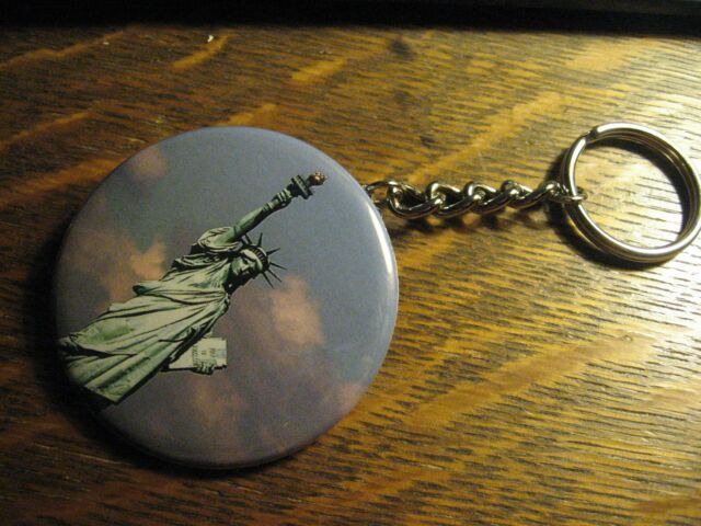 Statue Of Liberty New York Advertisement Keychain Backpack Purse Clip Ornament