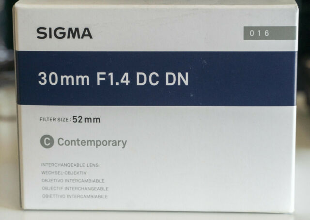 SIGMA 30MM F1.4 DC DN CONTEMPORARY LENS FOR SONY E-MOUNT AS NEW 2.5 MONTH OLD