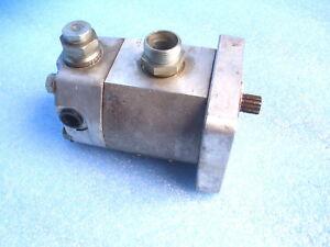 Orsta Hydraulikpumpe Lenkhilfepumpe W50 16/16.8-20 TGL 37071