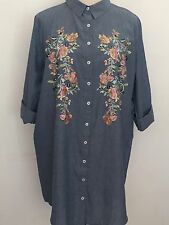 NEW WOMENS CURVE EX BRANDED DENIM BLUE COTTON EMBROIDERED LONGLINE SHIRT SIZE 22