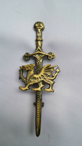 "Scottish Kilt Pins Welsh Dragon Various Antique Chrome Celtic Pin /& Brooches 4/"""