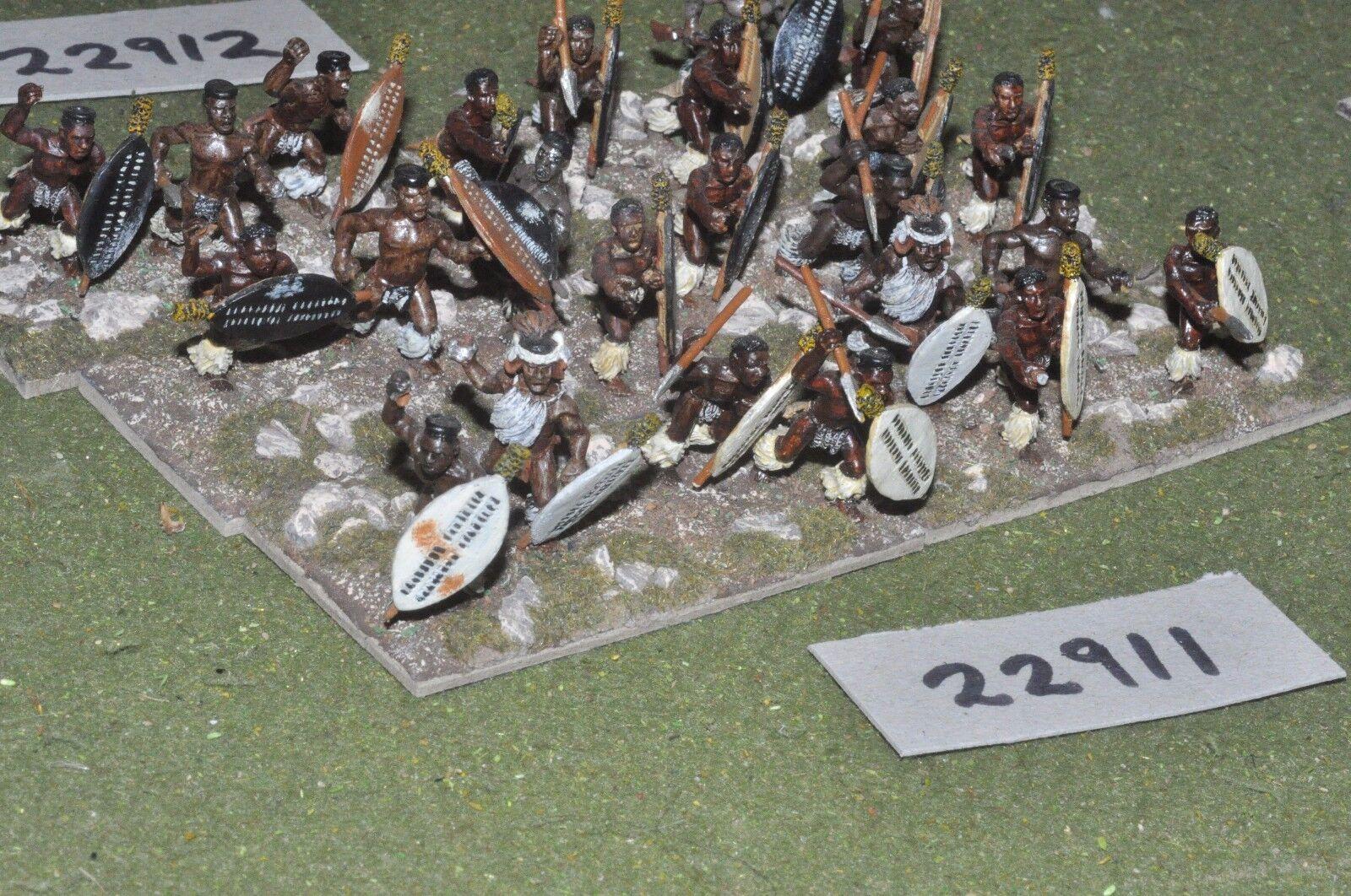 25mm 19th century   zulus - warriors 24 figures - inf (22911)