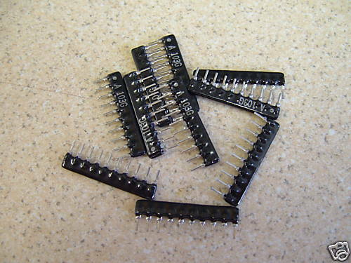 255 330Ohm 330R 10 X 9 commoned Resistor red 10 Pin SIL solo en línea