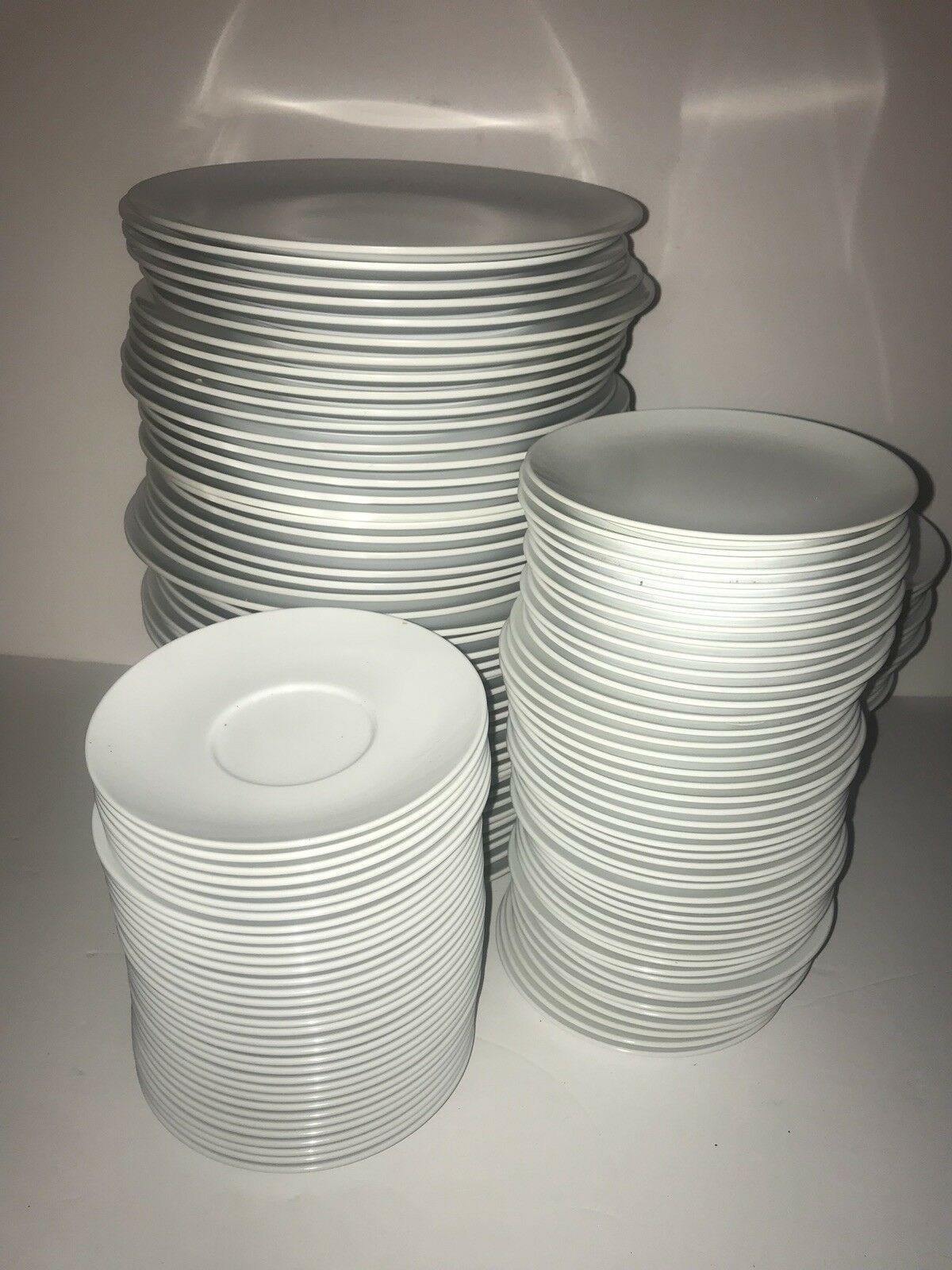 Kitchen Plates And Cup & Saucers 188pc Set