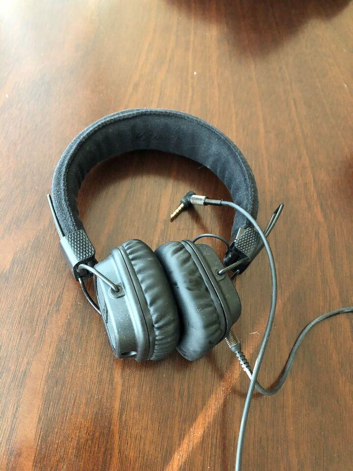 ørebøjle hovedtelefoner, Andet mærke