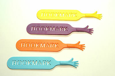 1PCS THE BOOK MARK Help Me Novelty Bookmark Funny Bookworm Gift RANDOM COLOR
