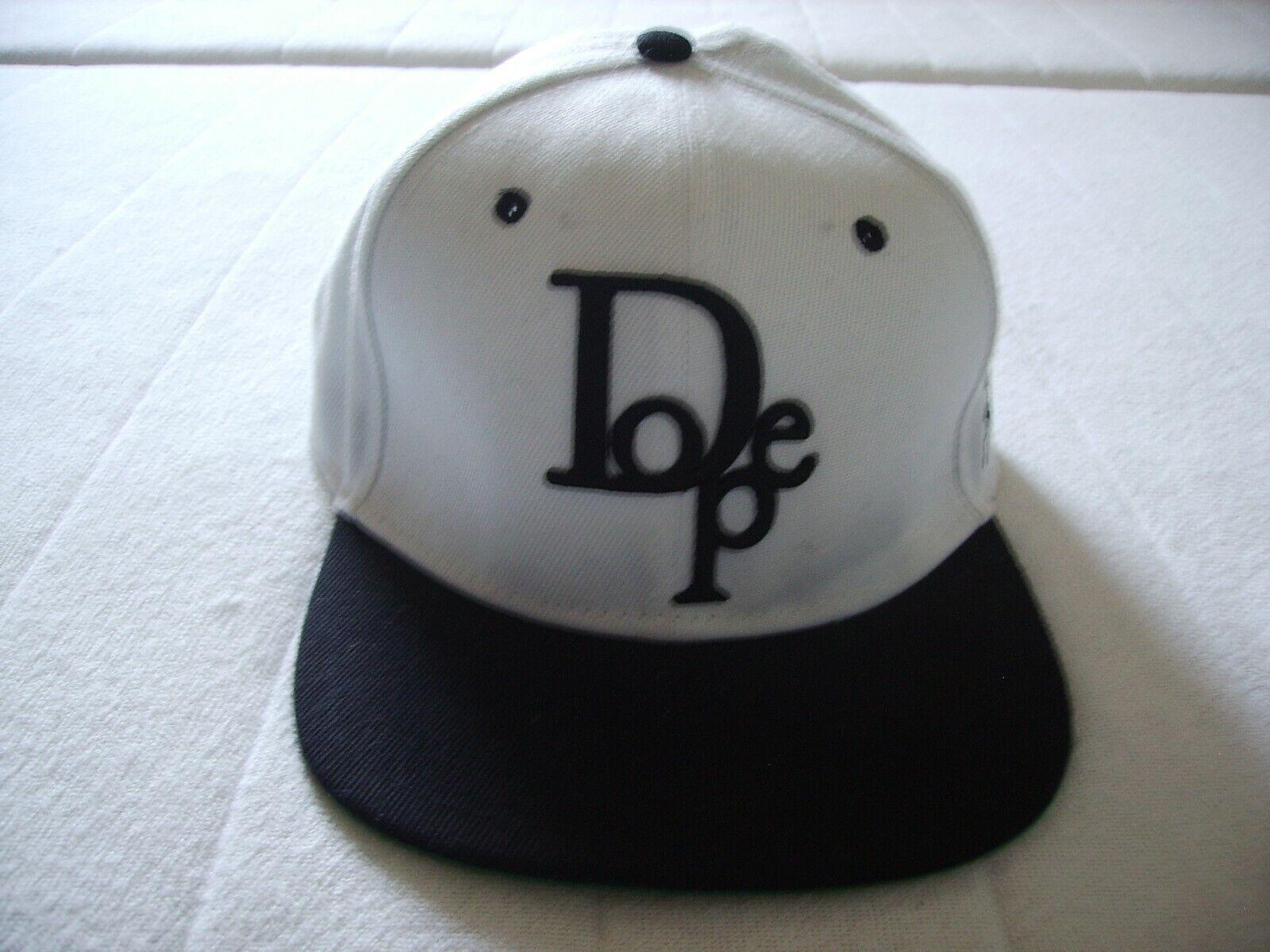 Dope Couture Kappe Cap Snapback Schwarz/Weiß sehr guter Zustand top!