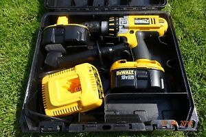 Genuine-DeWalt-DC925-Cordless-Hammer-Drill-2x-batteries-and-charges-With-Case